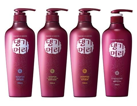 Daeng Gi Meo Ri Shampoo for Normal to Dry Scalp
